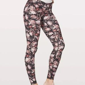 Lululemon Peony high rise Wonder Under Leggings 6